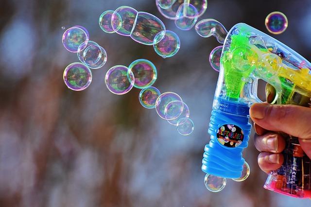 soap-bubbles-1950113_640